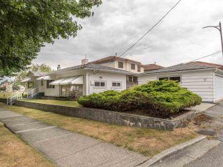 Photo 23: 1908 PENTICTON Street in Vancouver: Renfrew VE House for sale (Vancouver East)  : MLS®# R2493342