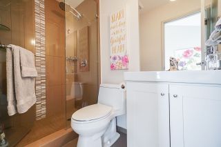 """Photo 13: 150 KOOTENAY Street in Vancouver: Hastings Sunrise House for sale in """"VANCOUVER HEIGHTS"""" (Vancouver East)  : MLS®# R2480770"""