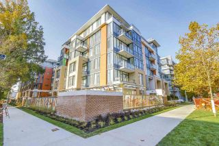 """Photo 1: 2039 W 10TH Avenue in Vancouver: Kitsilano Townhouse for sale in """"WEST 10TH & MAPLE AT ARBUTUS"""" (Vancouver West)  : MLS®# R2472090"""