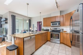 "Photo 9:  in Surrey: Guildford Condo for sale in ""CHARLTON PARK"" (North Surrey)  : MLS®# R2569438"