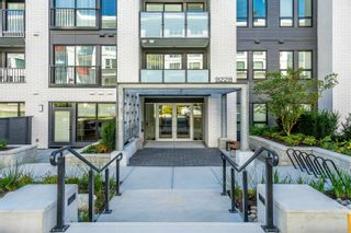 """Photo 3: 404 9228 SLOPES Mews in Burnaby: Simon Fraser Univer. Condo for sale in """"FRASER BY MOSAIC"""" (Burnaby North)  : MLS®# R2622126"""