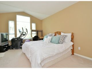 """Photo 9: 141 15550 26TH Avenue in Surrey: King George Corridor Townhouse for sale in """"Sunnyside Gate"""" (South Surrey White Rock)  : MLS®# F1414427"""