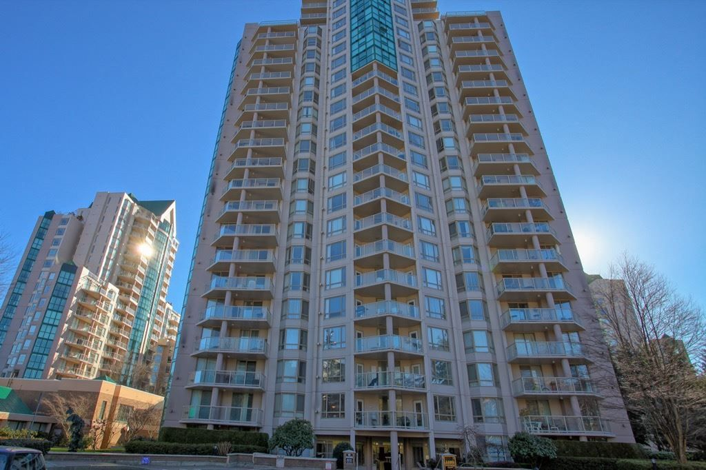 Main Photo: 905 1199 EASTWOOD STREET in : North Coquitlam Condo for sale : MLS®# R2135830
