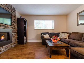 Photo 3: 241 BALMORAL Place in Port Moody: North Shore Pt Moody Townhouse for sale : MLS®# V1021007