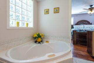 Photo 5: 1674 Sitka Ave in Courtenay: CV Courtenay East House for sale (Comox Valley)  : MLS®# 882796