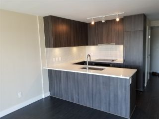 """Photo 7: 1206 668 COLUMBIA Street in New Westminster: Quay Condo for sale in """"Trapp Holbrook"""" : MLS®# R2185349"""