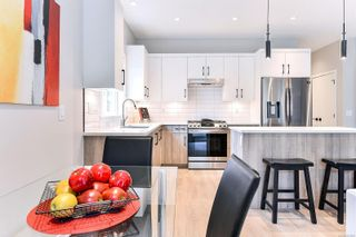 Photo 3: 102 684 Hoylake Ave in : La Thetis Heights Row/Townhouse for sale (Langford)  : MLS®# 859959