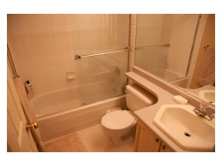 """Photo 10: 11 1255 RIVERSIDE Drive in Port Coquitlam: Riverwood Townhouse for sale in """"RIVERWOOD GREEN"""" : MLS®# V896489"""