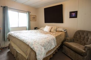 """Photo 9: 260 1840 160TH Street in Surrey: King George Corridor Manufactured Home for sale in """"Breakaway Bays"""" (South Surrey White Rock)  : MLS®# R2176402"""