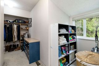 """Photo 21: 9573 WILLOWLEAF Place in Burnaby: Forest Hills BN Townhouse for sale in """"SPRING RIDGE"""" (Burnaby North)  : MLS®# R2462681"""