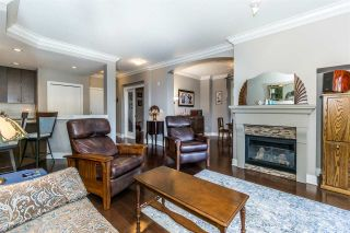 """Photo 3: 107 16447 64 Avenue in Surrey: Cloverdale BC Condo for sale in """"St. Andrews"""" (Cloverdale)  : MLS®# R2302117"""