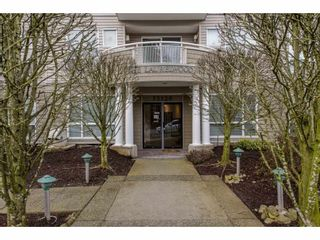 """Photo 2: 105 32120 MT WADDINGTON Avenue in Abbotsford: Abbotsford West Condo for sale in """"~The Laurelwood~"""" : MLS®# R2151840"""