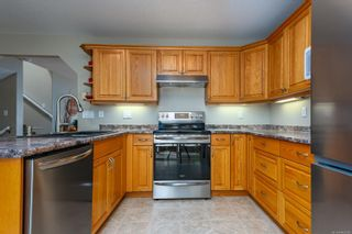 Photo 10: 2496 E 9th St in : CV Courtenay East House for sale (Comox Valley)  : MLS®# 883278