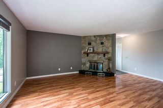 Photo 10: 3005 DOVERBROOK Road SE in Calgary: Dover Detached for sale : MLS®# A1020927