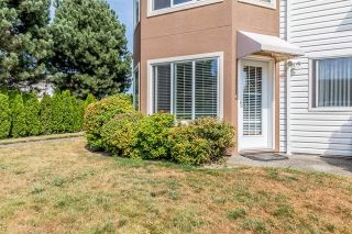 """Photo 4: 31 46350 CESSNA Drive in Chilliwack: Chilliwack E Young-Yale Townhouse for sale in """"Hamley Estates"""" : MLS®# R2197972"""
