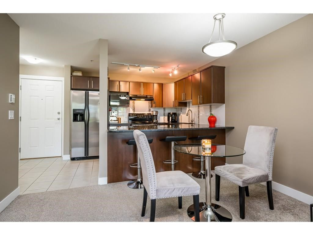 """Photo 9: Photos: 204 19366 65 Avenue in Surrey: Clayton Condo for sale in """"LIBERTY AT SOUTHLANDS"""" (Cloverdale)  : MLS®# R2591315"""