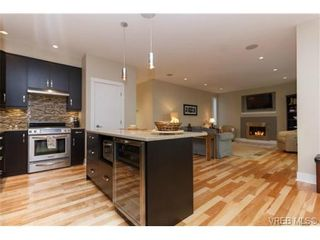 Photo 6: 652 Granrose Terr in VICTORIA: Co Latoria House for sale (Colwood)  : MLS®# 693155