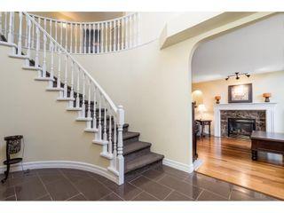 """Photo 4: 8124 154 Street in Surrey: Fleetwood Tynehead House for sale in """"FAIRWAY PARK"""" : MLS®# R2584363"""