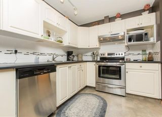 Photo 8: 2 6408 BOWWOOD Drive NW in Calgary: Bowness Row/Townhouse for sale : MLS®# C4241912