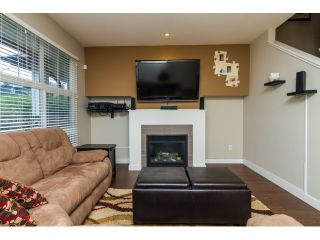 """Photo 4: 16 18199 70TH Avenue in Surrey: Cloverdale BC Townhouse for sale in """"Augusta"""" (Cloverdale)  : MLS®# F1424865"""