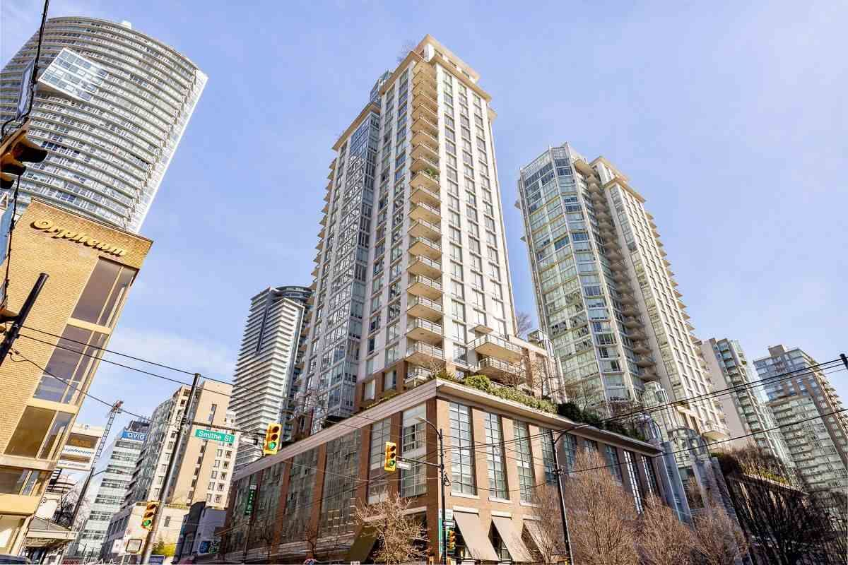 "Main Photo: 802 565 SMITHE Street in Vancouver: Downtown VW Condo for sale in ""VITA"" (Vancouver West)  : MLS®# R2539615"