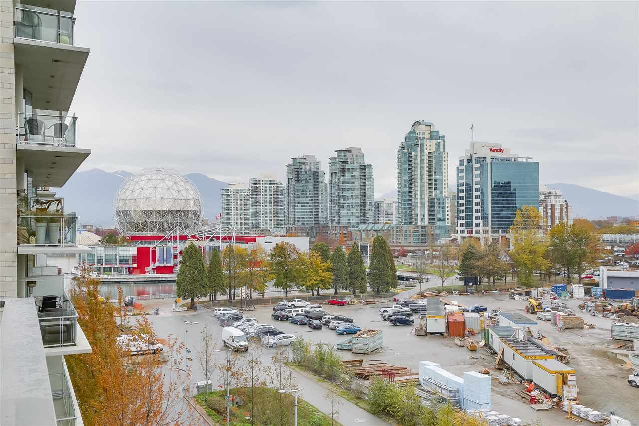 """Main Photo: 604 1661 ONTARIO Street in Vancouver: False Creek Condo for sale in """"SAILS"""" (Vancouver West)  : MLS®# R2234220"""