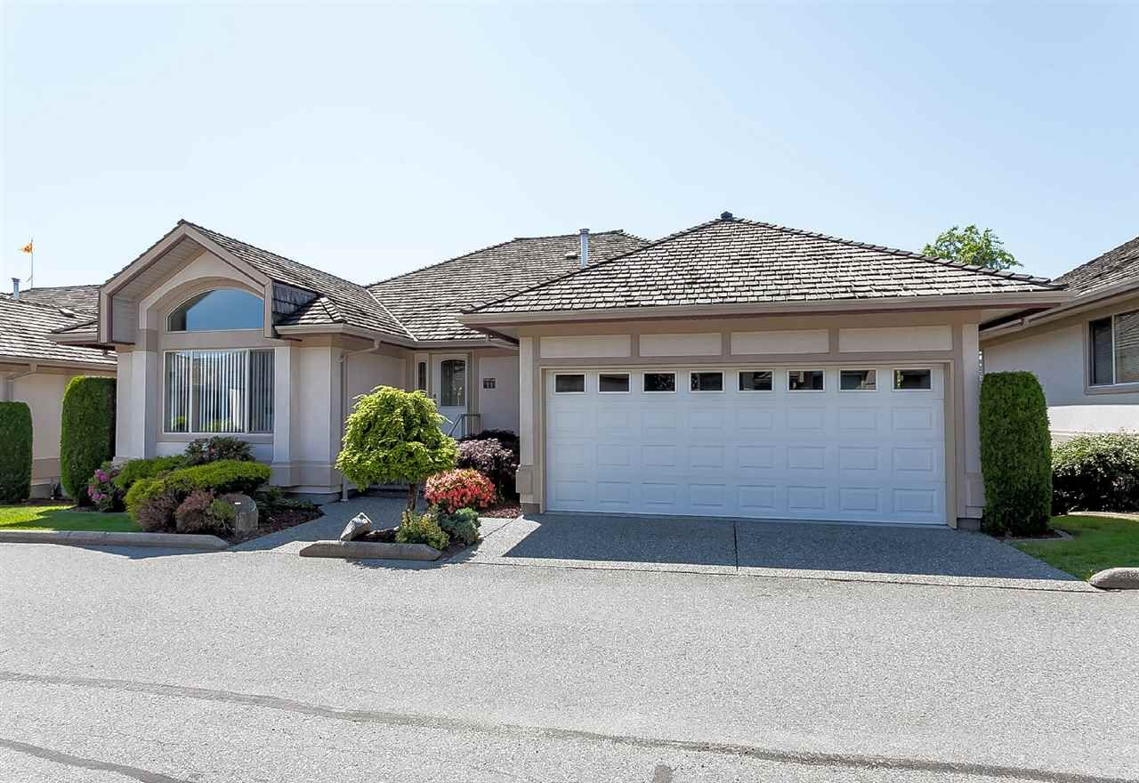 """Main Photo: 11 30703 BLUERIDGE Drive in Abbotsford: Abbotsford West Townhouse for sale in """"Westsyde Park Estates"""" : MLS®# R2418134"""