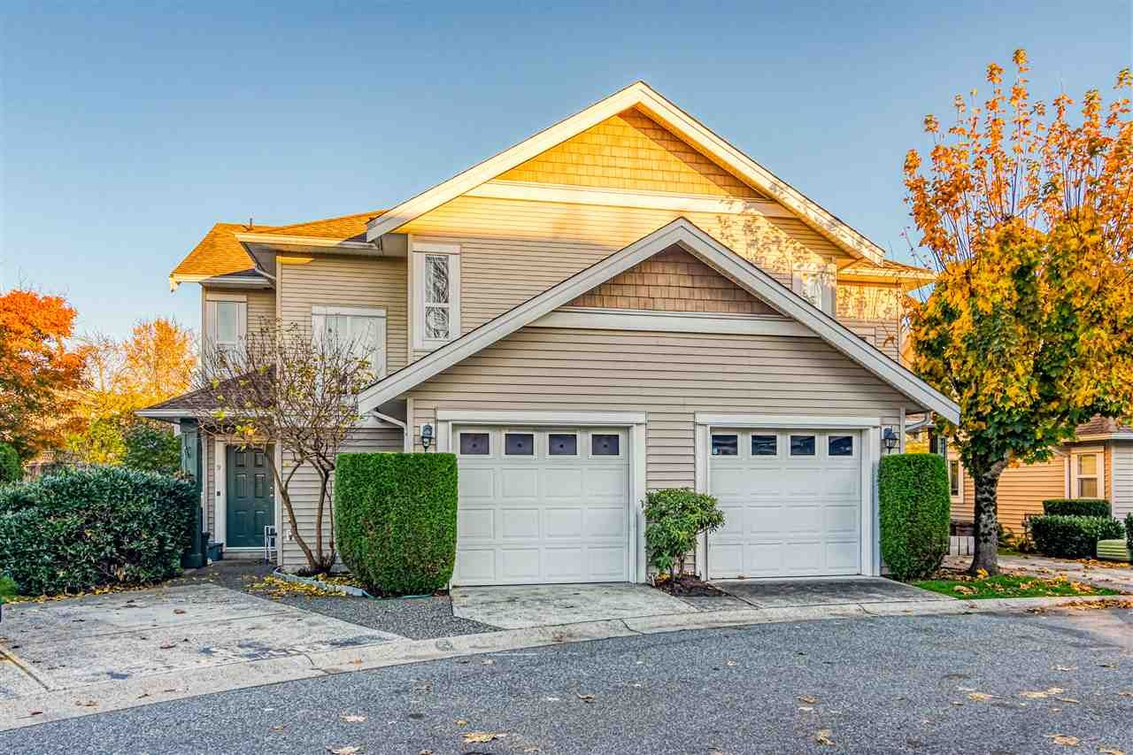 Main Photo: 9 6513 200 Street in Langley: Willoughby Heights Townhouse for sale : MLS®# R2516339