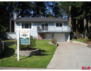 "Photo 1: 6082 132A Street in Surrey: Panorama Ridge House for sale in ""NORTH RIDGE"" : MLS®# F2910137"