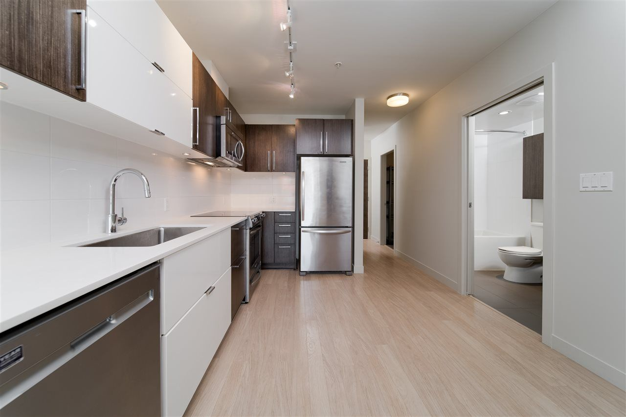 """Photo 4: Photos: 203 215 E 33RD Avenue in Vancouver: Main Condo for sale in """"33 & Main"""" (Vancouver East)  : MLS®# R2506740"""