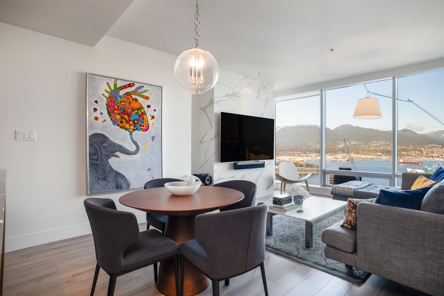 "Main Photo: 4103 1111 ALBERNI Street in Vancouver: Downtown VW Condo for sale in ""SHANGRI-LA"" (Vancouver West)  : MLS®# R2553505"