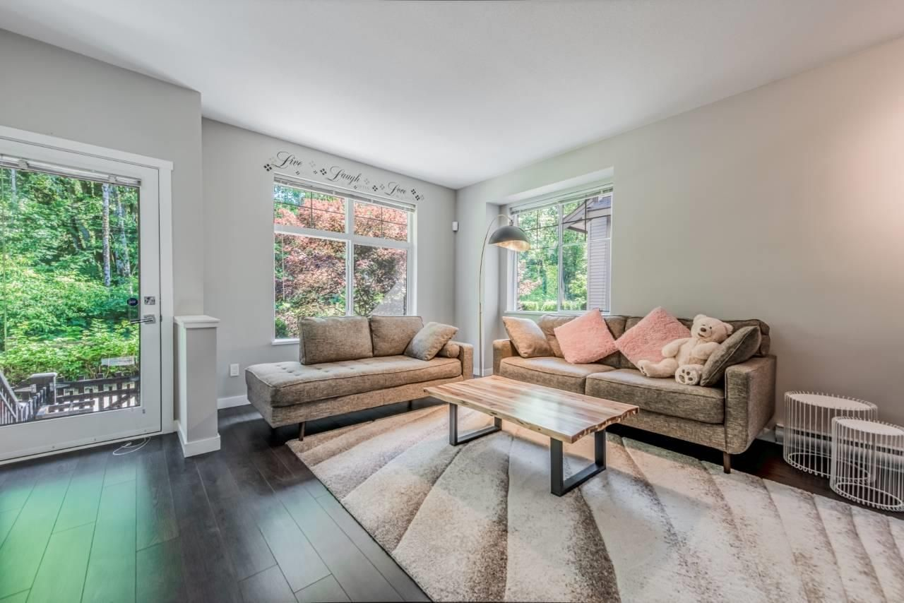 """Main Photo: 41 15788 104 Avenue in Surrey: Guildford Townhouse for sale in """"Bishop Creek"""" (North Surrey)  : MLS®# R2475878"""