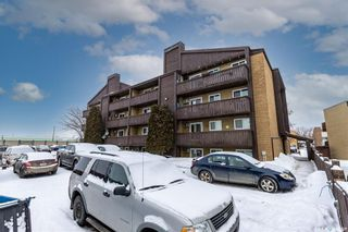 Photo 31: 105 139 St Lawrence Court in Saskatoon: River Heights SA Residential for sale : MLS®# SK840422