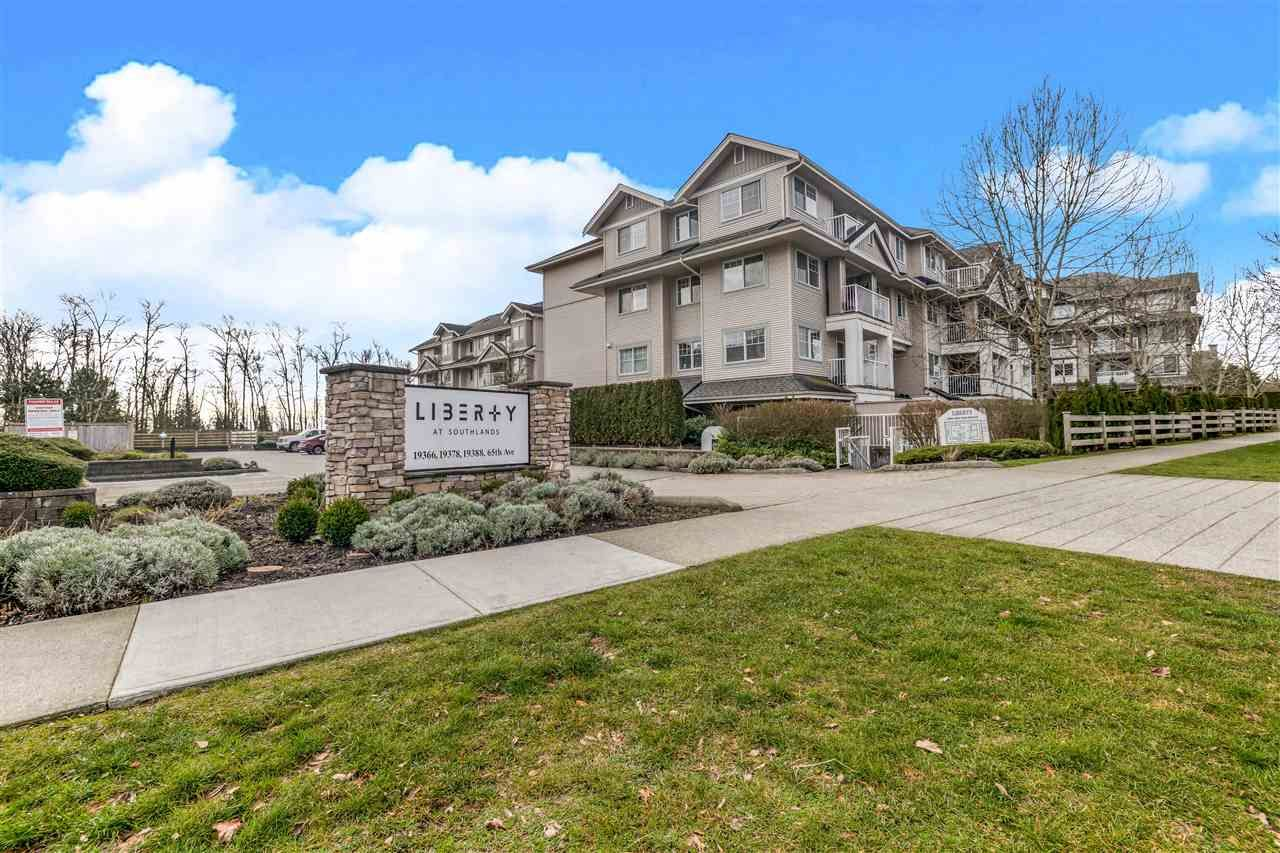 """Main Photo: 208 19366 65 Avenue in Surrey: Clayton Condo for sale in """"LIBERTY"""" (Cloverdale)  : MLS®# R2541499"""