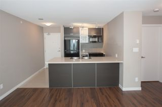 "Photo 4: 2402 13688 100 Avenue in Surrey: Whalley Condo for sale in ""Park Place 1"" (North Surrey)  : MLS®# R2544550"