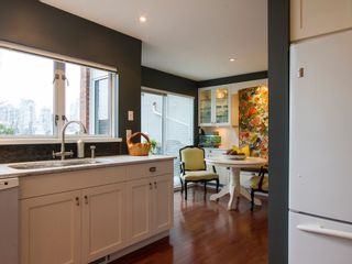 """Photo 17: 1592 ISLAND PARK Walk in Vancouver: False Creek Townhouse for sale in """"LAGOONS"""" (Vancouver West)  : MLS®# V1099043"""