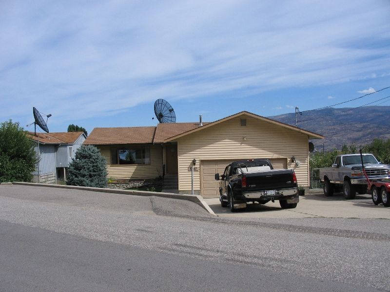 Main Photo: 6047 Turner Ave, Peachland B.C in Peachland: House for sale : MLS®# 9150150