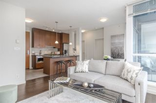 """Photo 3: 3102 1189 MELVILLE Street in Vancouver: Coal Harbour Condo for sale in """"THE MELVILLE"""" (Vancouver West)  : MLS®# R2457836"""