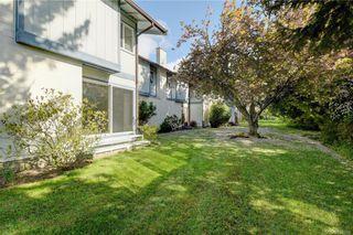 Photo 19: 50 3987 Gordon Head Rd in Saanich: SE Gordon Head Row/Townhouse for sale (Saanich East)  : MLS®# 838564