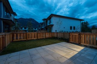 Photo 6: 38367 EAGLEWIND BOULEVARD in Squamish: Downtown SQ Townhouse for sale : MLS®# R2093553
