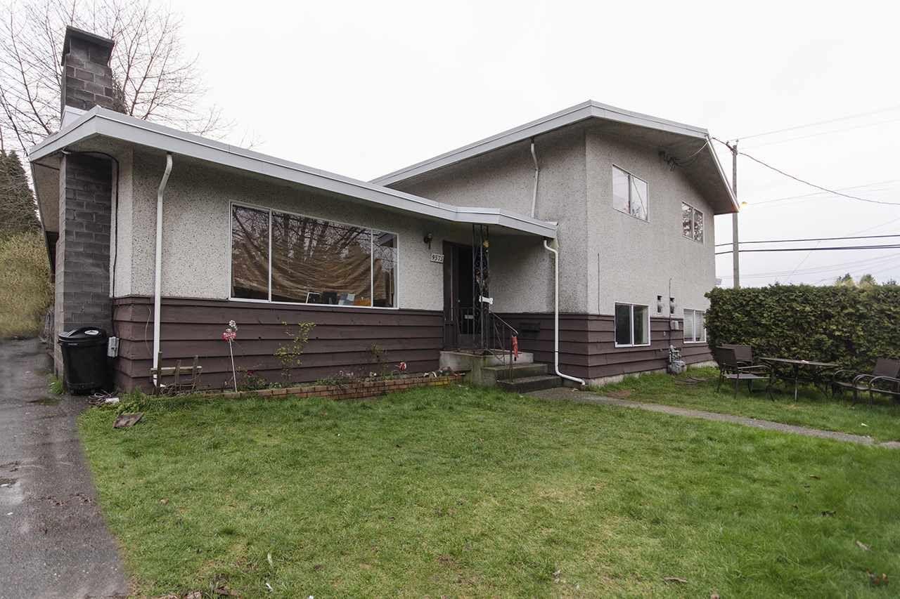 Main Photo: 9575-9577 118 STREET in : Annieville Duplex for sale : MLS®# R2045106