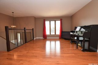 Photo 3: 351 Thain Crescent in Saskatoon: Silverwood Heights Residential for sale : MLS®# SK864642