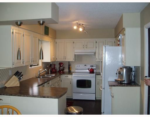 Photo 5: Photos: 5009 SHERBROOKE Street in Vancouver: Knight House for sale (Vancouver East)  : MLS®# V700463