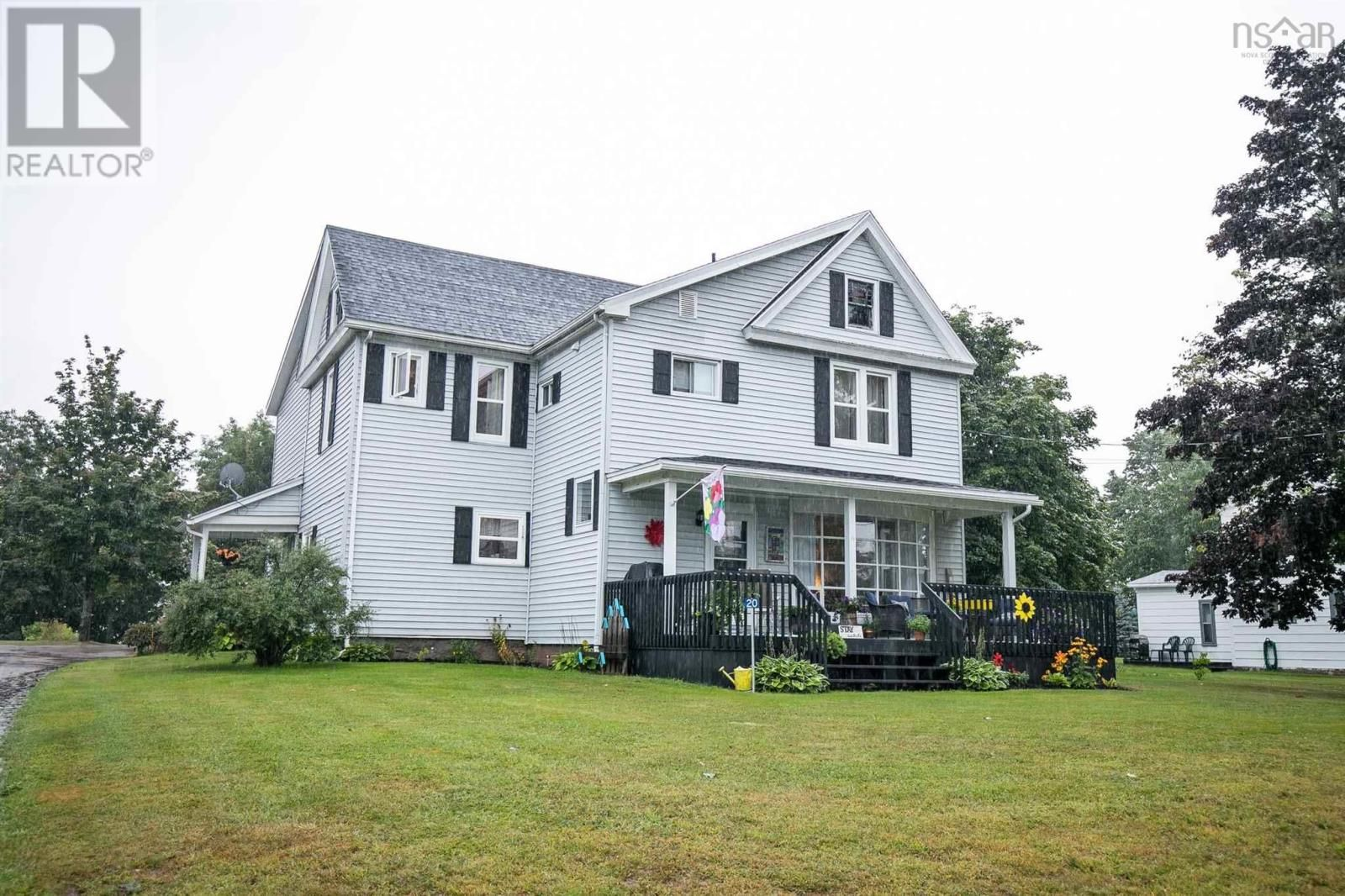 Main Photo: 20 James Street in Oxford: House for sale : MLS®# 202122759