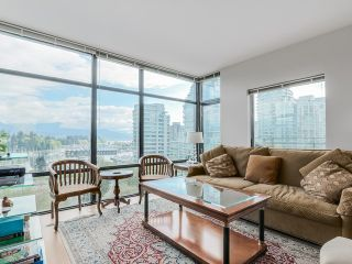 "Photo 4: 901 1863 ALBERNI Street in Vancouver: West End VW Condo for sale in ""LUMIERE"" (Vancouver West)  : MLS®# V1120284"
