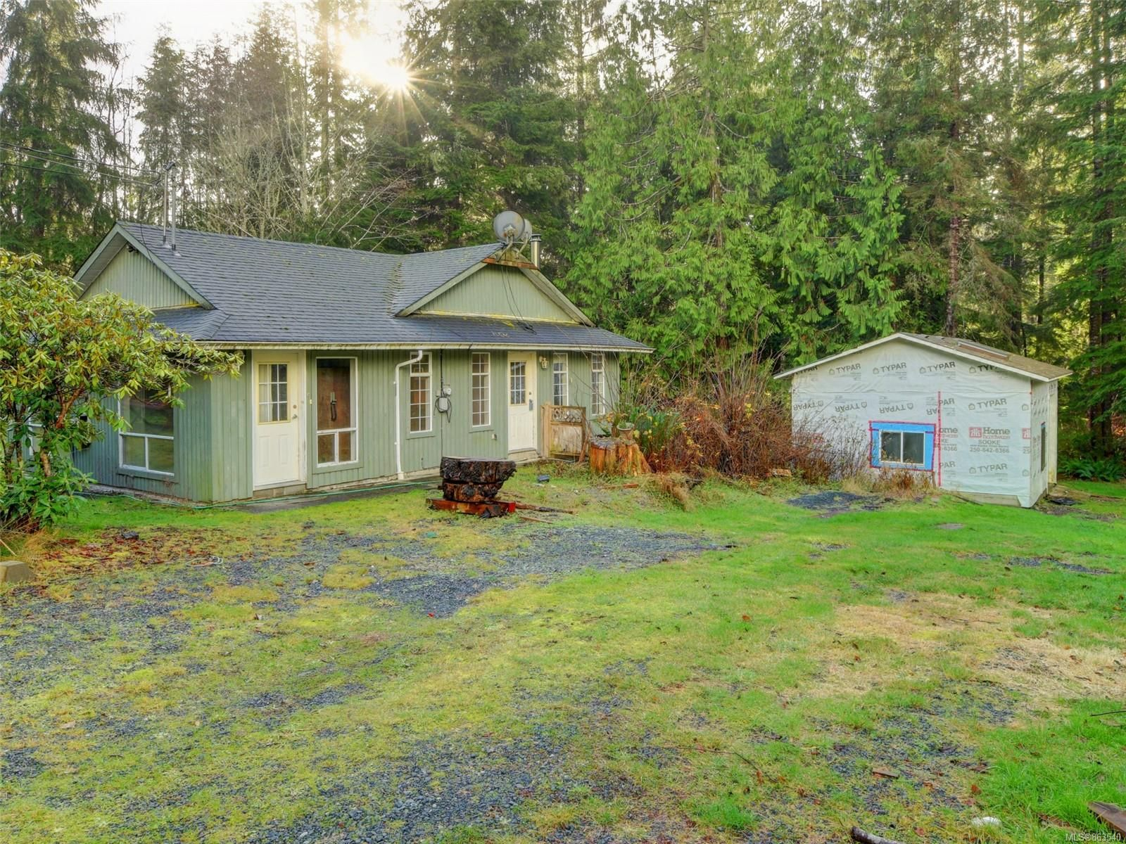Main Photo: 2836 Woodhaven Rd in : Sk French Beach House for sale (Sooke)  : MLS®# 863540