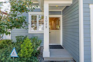 "Photo 28: 2029 ESQUIMALT Avenue in West Vancouver: Ambleside 1/2 Duplex for sale in ""Hollyburn Mews"" : MLS®# R2618342"