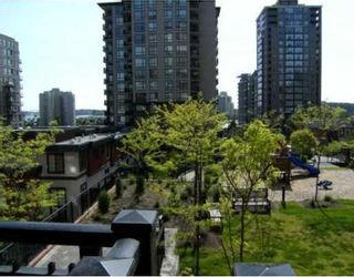 """Photo 9: 201 813 AGNES Street in New_Westminster: Downtown NW Condo for sale in """"The News"""" (New Westminster)  : MLS®# V764140"""