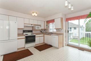 """Photo 8: 1 13982 72 Avenue in Surrey: East Newton Townhouse for sale in """"Upton Place"""" : MLS®# R2269958"""