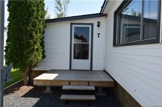 Photo 2: 7 LOUISE Street in St Clements: Pineridge Trailer Park Residential for sale (R02)  : MLS®# 1721037